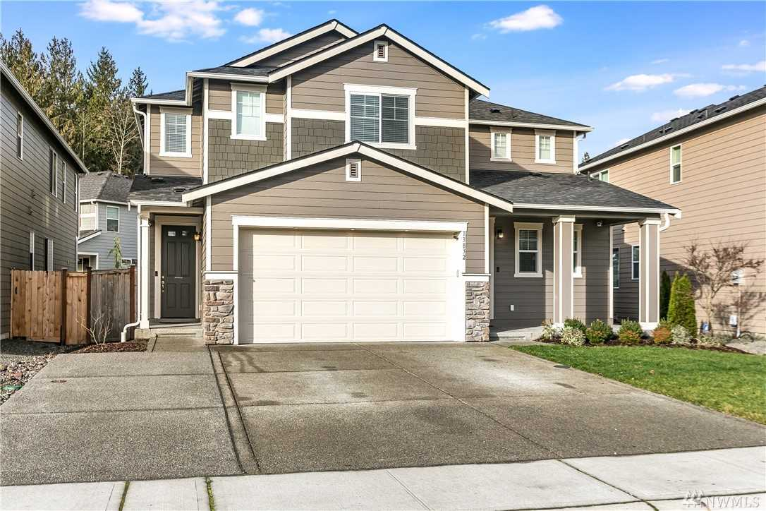 13832 63rd Ave E Puyallup, WA 98373 | MLS ® 1400215 Photo 1