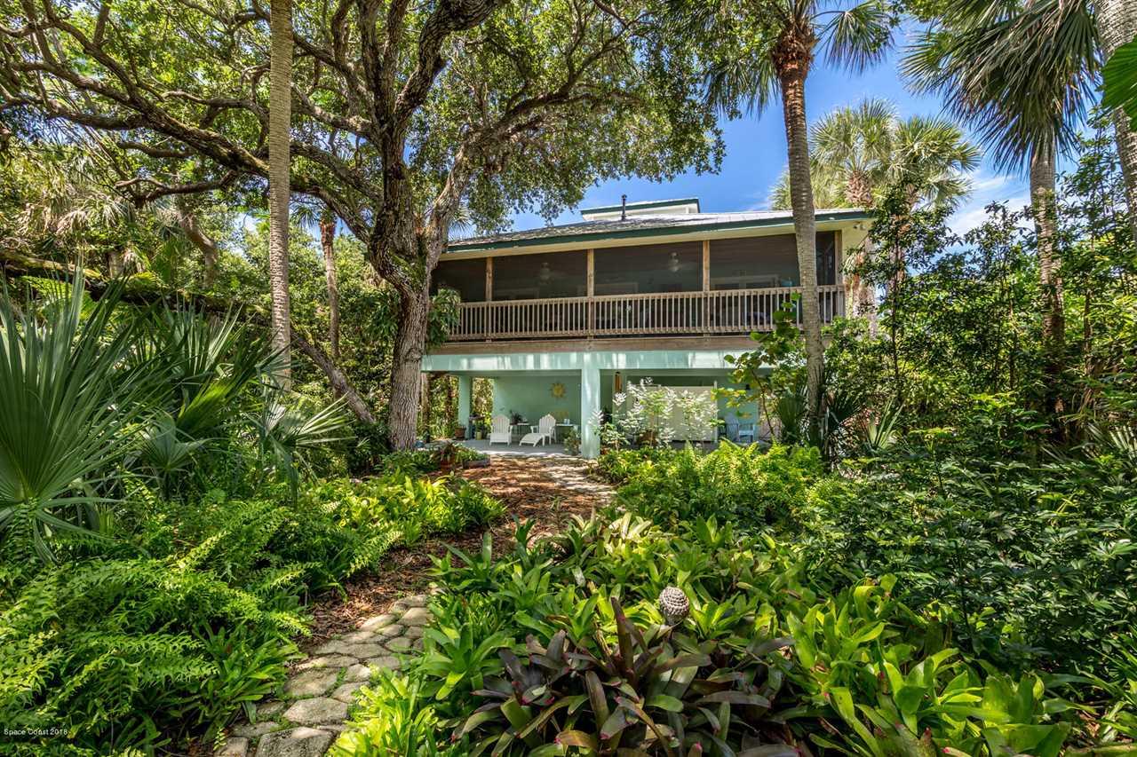 126 Paradise Point Drive Melbourne Beach, FL 32951 | MLS 832969 Photo 1