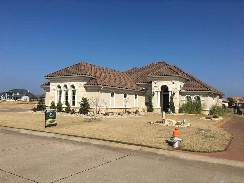 1609 Chesapeake Bay Court Granbury TX Elevate Realty Group - Granbury 13998958 Photo 1