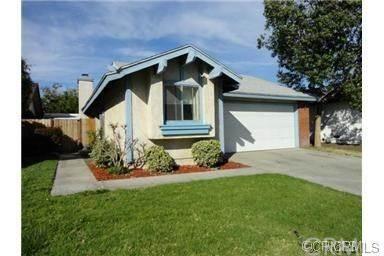 15694 Barbee Street Fontana, CA 92336 | MLS WS18269248 Photo 1