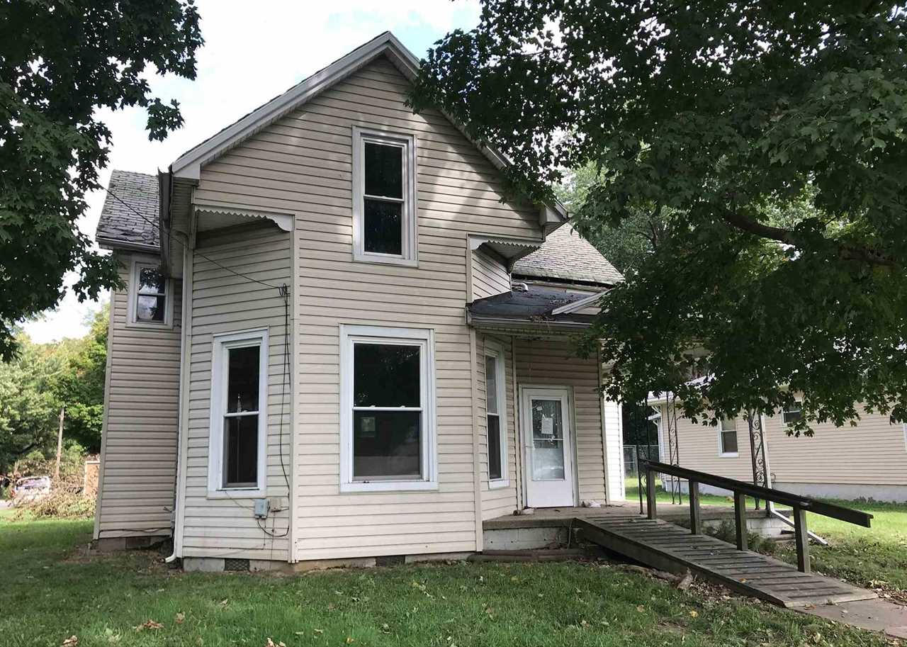 328 W Emerson Street Princeton, IN 47670 | MLS 201845961 Photo 1
