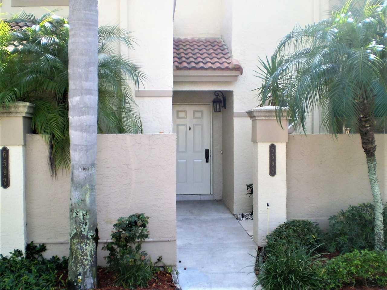 6590 Via Regina Boca Raton, FL 33433 - MLS# RX-10496925   BocaRatonRealEstate.com Photo 1