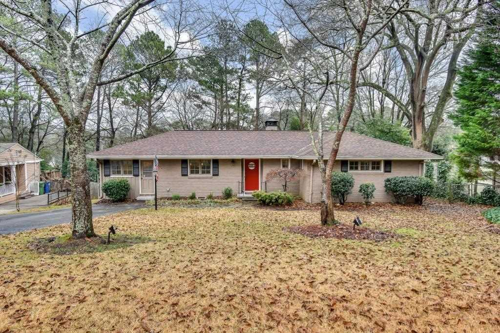 2493 Parkdale Place NE, Atlanta GA 30305, MLS # 6123427 | Garden Hills Photo 1