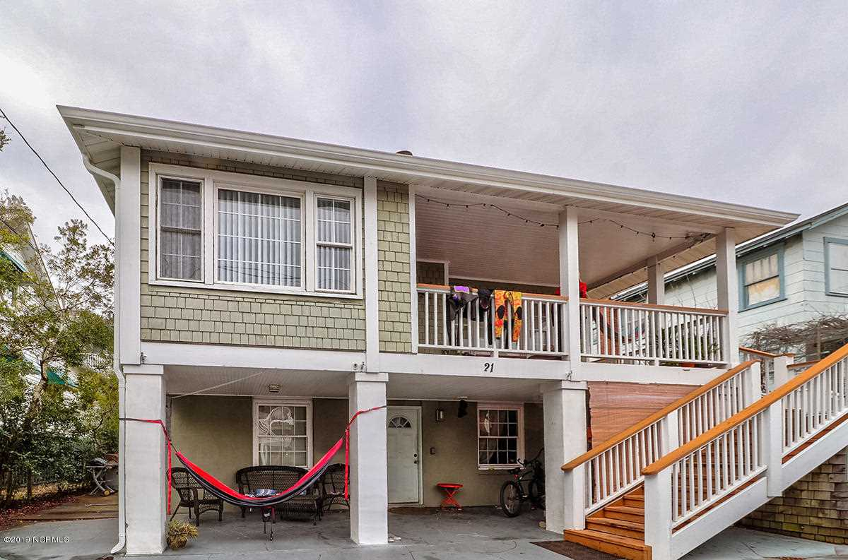 Home For Sale At 21 W Henderson Street, Wrightsville Beach NC in Not In Subdivision Photo 1