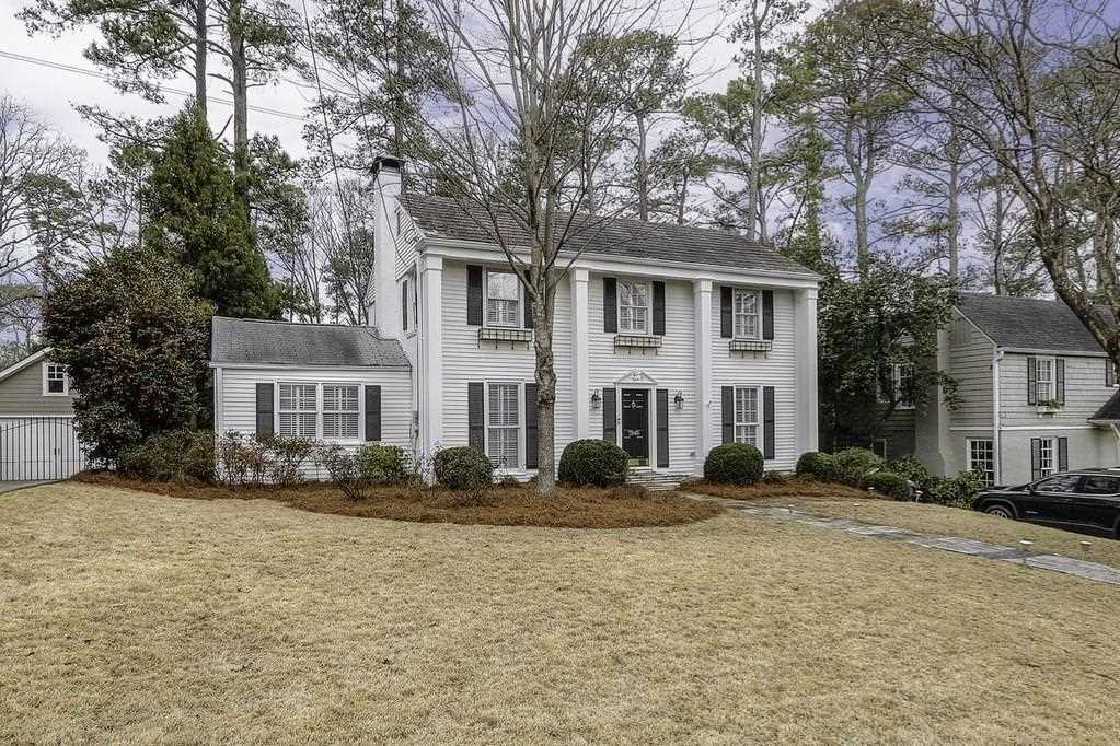 1946 Greystone Rd NW, Atlanta GA 30318, MLS # 6124190 | Collier Hills Photo 1