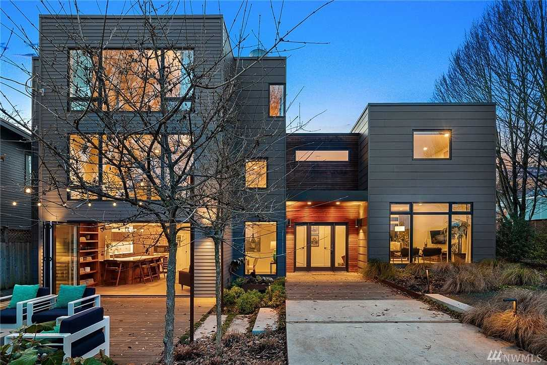 313 24th Ave E Seattle, WA 98112 | MLS ® 1388857 Photo 1