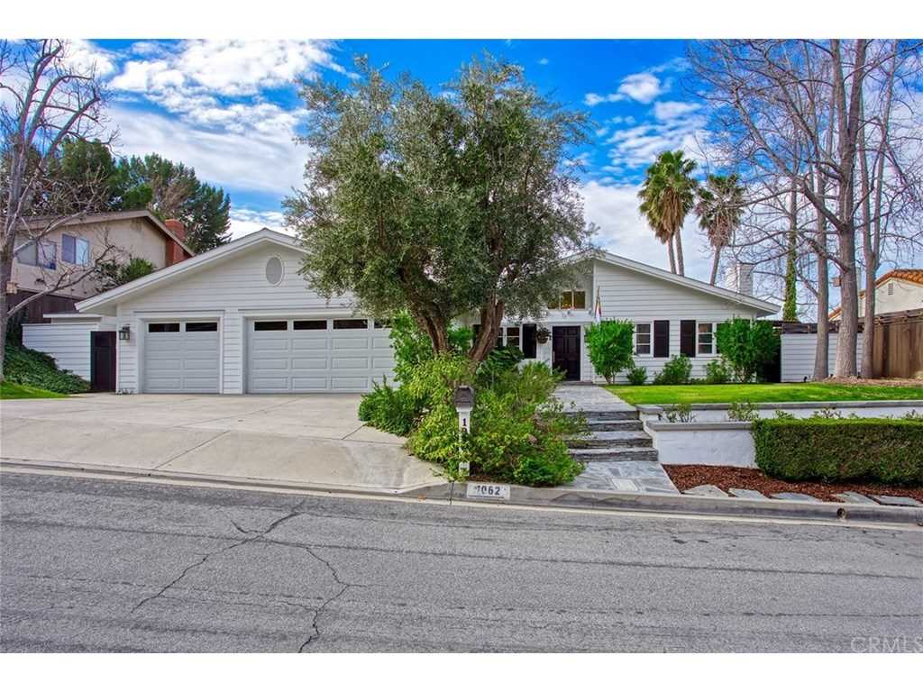 1062 Bradcliff Drive North Tustin, CA 92705 | MLS NP19022018 Photo 1