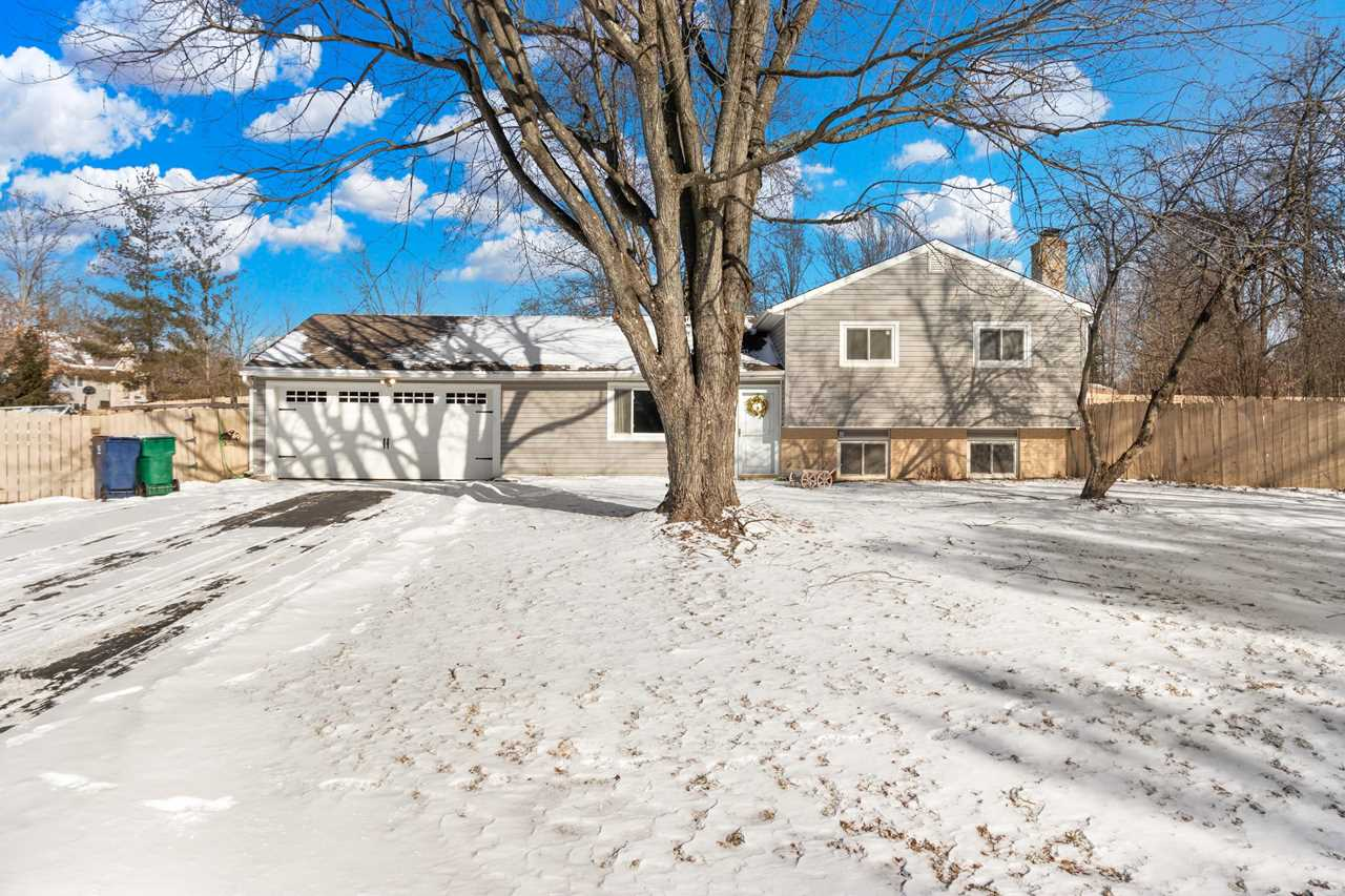 84 Middle Ground Road Pataskala, OH 43062 | MLS 219002944 Photo 1