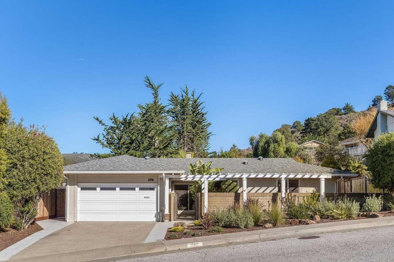 992 Park Pacifica Ave Pacifica, CA 94044 | MLS ML81734021 Photo 1
