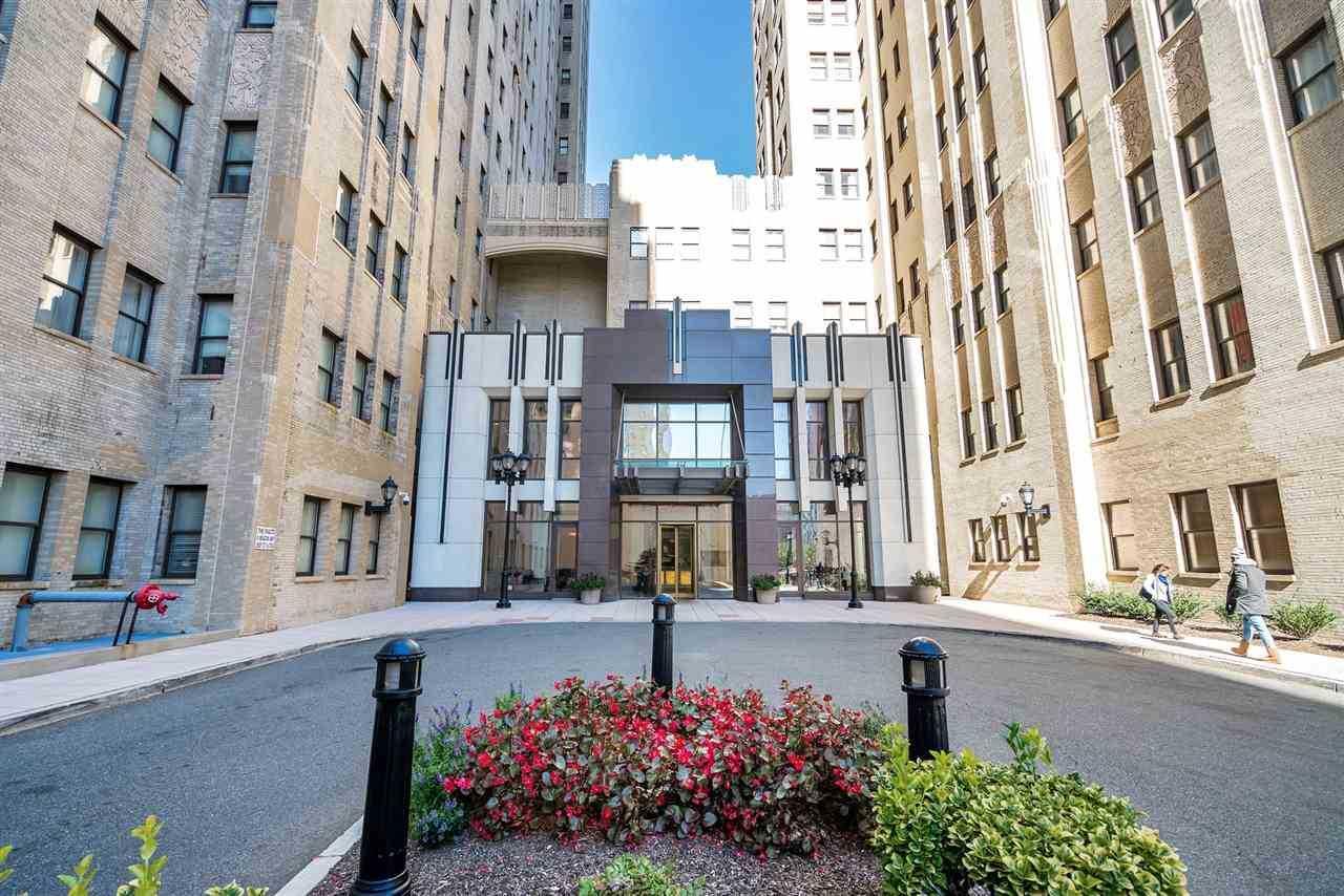 4 Beacon Way #407 Jersey City, NJ 07304 | MLS 180021946 Photo 1