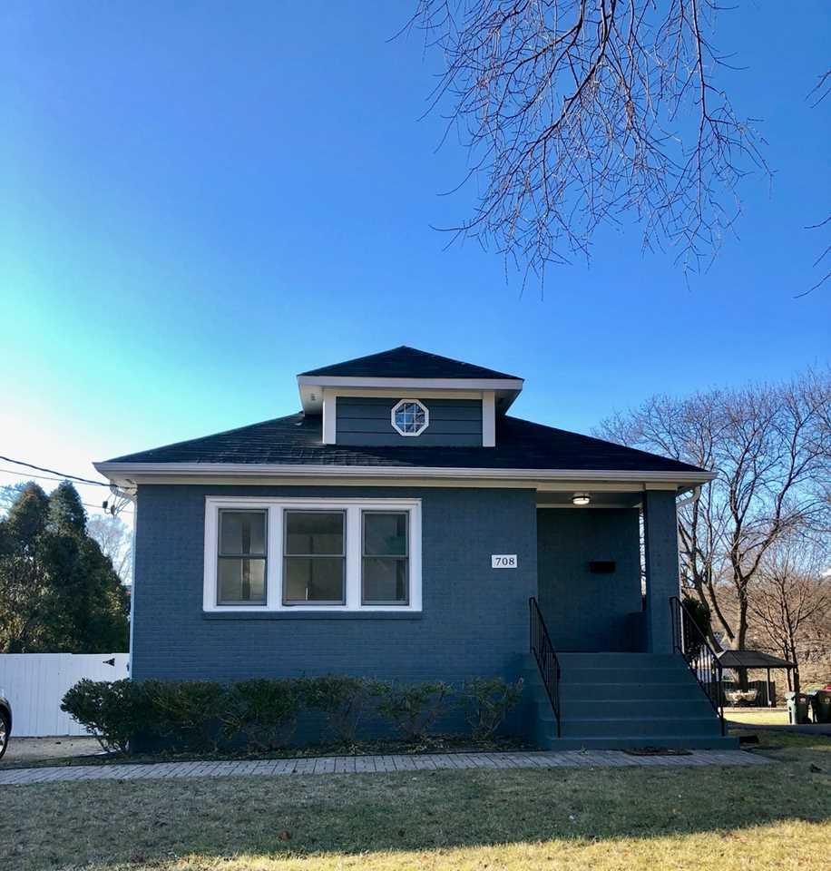 708 Prospect Ave Barrington, IL 60010   MLS 10263302 Photo 1