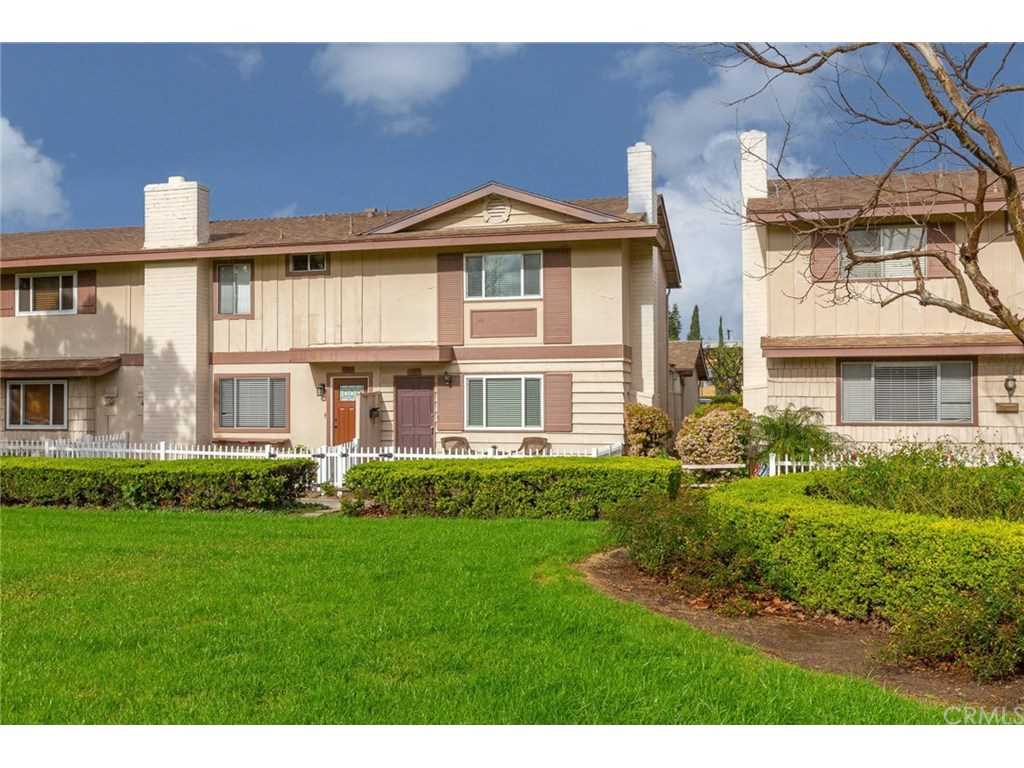 1367 Sycamore Avenue Tustin, CA 92780 | MLS OC19027627 Photo 1