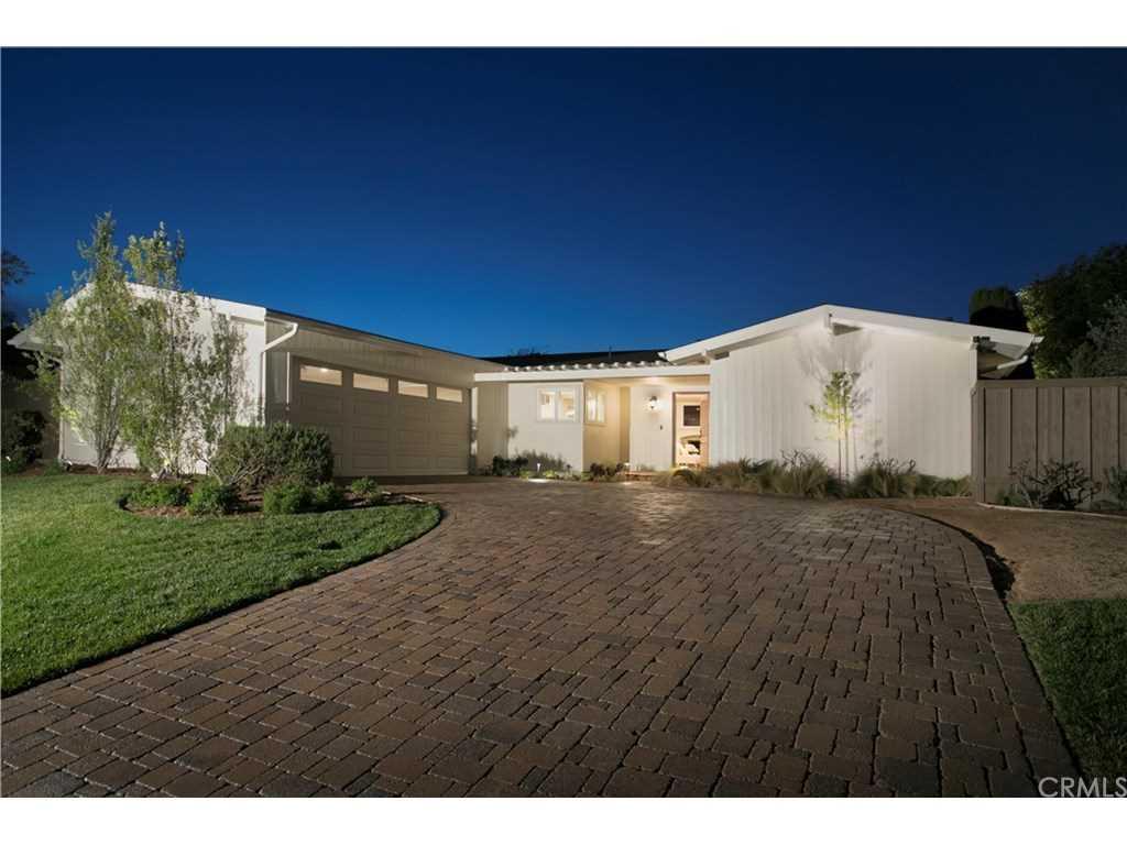 1107 Berkshire Lane Newport Beach, CA 92660 | MLS OC19012077 Photo 1