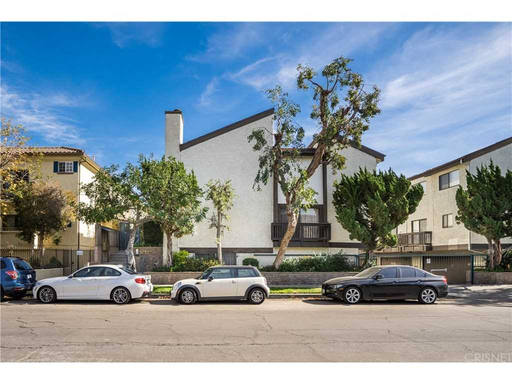 4222 Troost Avenue #24, Studio City, CA 91604 | MLS #SR19022288  Photo 1