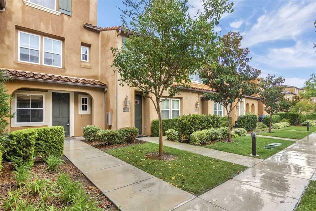 17022 Calle Trevino San Diego, CA 92127 | MLS 190007435 Photo 1