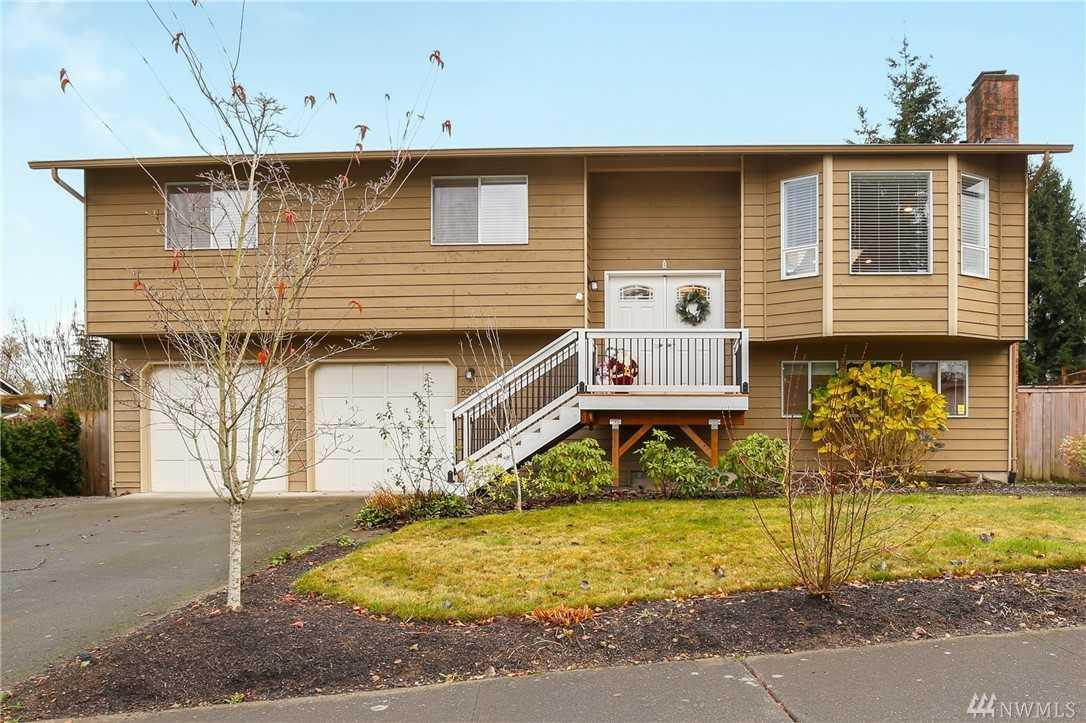 5208 122nd Place SE Everett, WA 98208   MLS ® 1391757 Photo 1