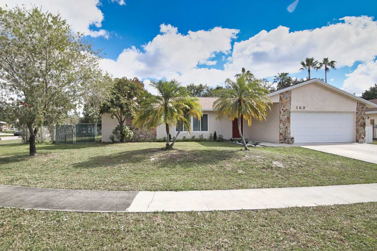 153 Granada Street Royal Palm Beach, FL 33411 | MLS RX-10502906 Photo 1