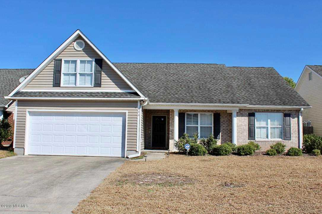 Home For Sale At 406 Putnam Drive, Wilmington NC in West Bay Estates Photo 1