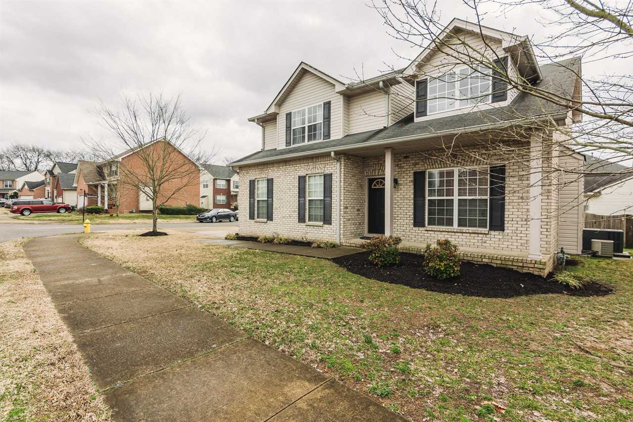 100 Meadow Creek Ct Hendersonville, TN 37075 | MLS 2010139 Photo 1