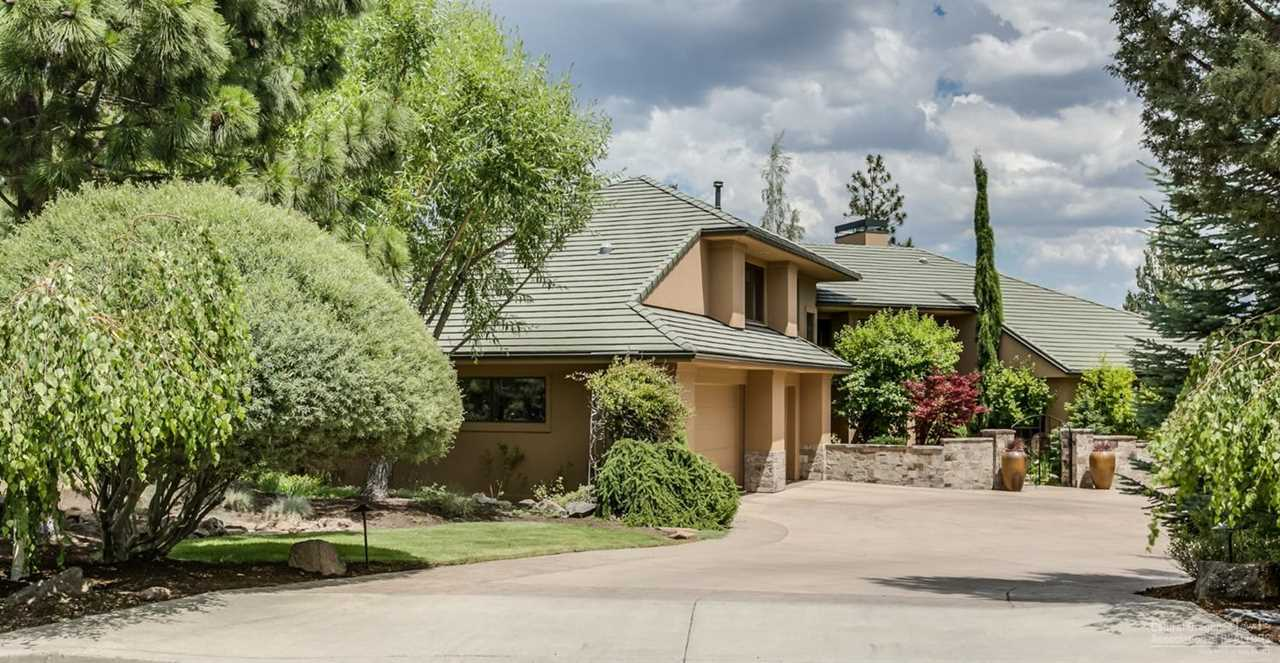 3238 Oneil Place Bend, OR 97703 | MLS 201900823 Photo 1