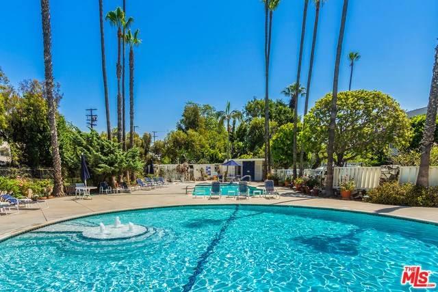 285 S Barrington Avenue #G1, Los Angeles, CA 90049 | MLS #19432602  Photo 1