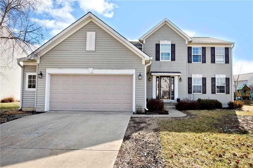 3643 Fieldstone Lane, Plainfield, IN 46168 | MLS #21618175 Photo 1