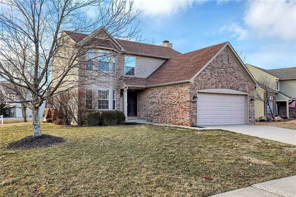 6255 Valleyview Drive, Fishers, IN 46038   MLS #21617612 Photo 1
