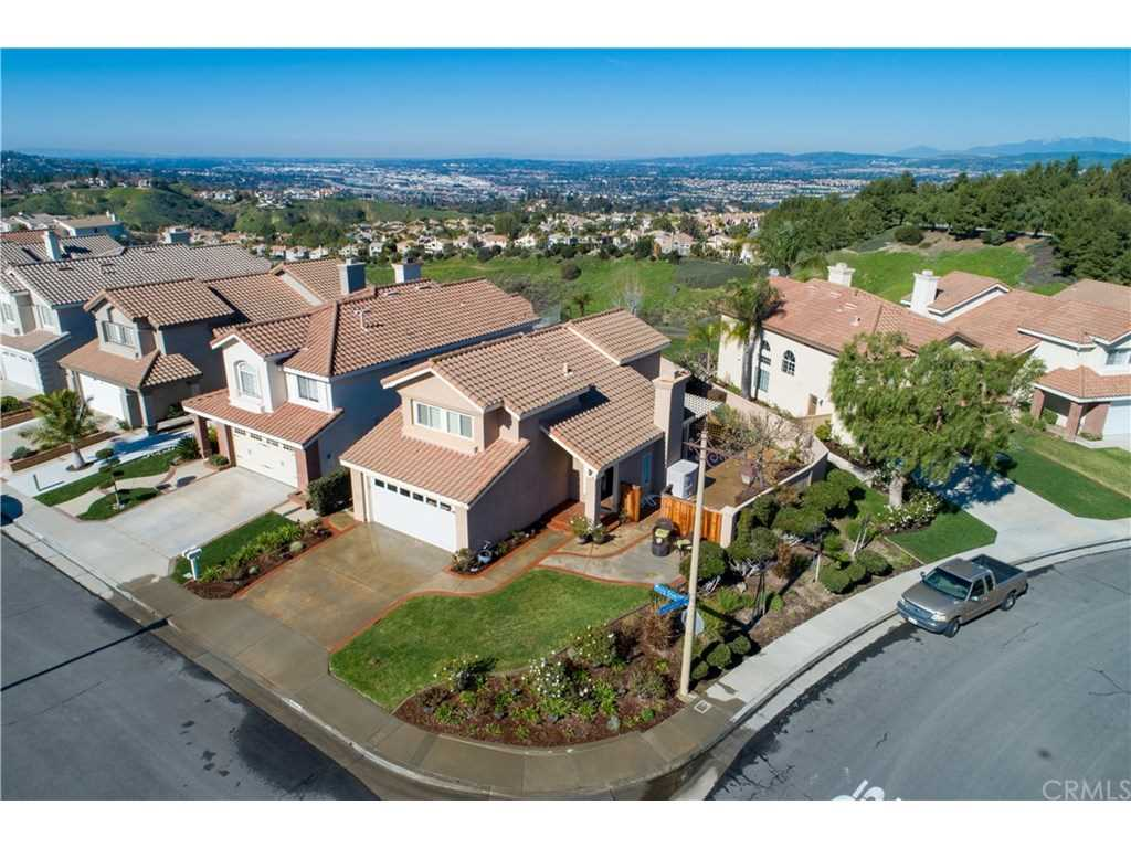 7747 E Misty Glen Court Anaheim Hills, CA 92808   MLS PW19023804 Photo 1