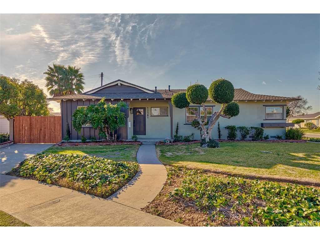 11541 Hanna Circle Garden Grove, CA 92840 | MLS SR19028330 Photo 1