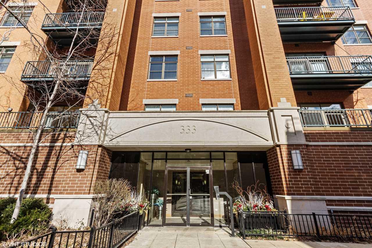 333 N Jefferson St #405 Chicago, IL 60661 | MLS 10269030 Photo 1