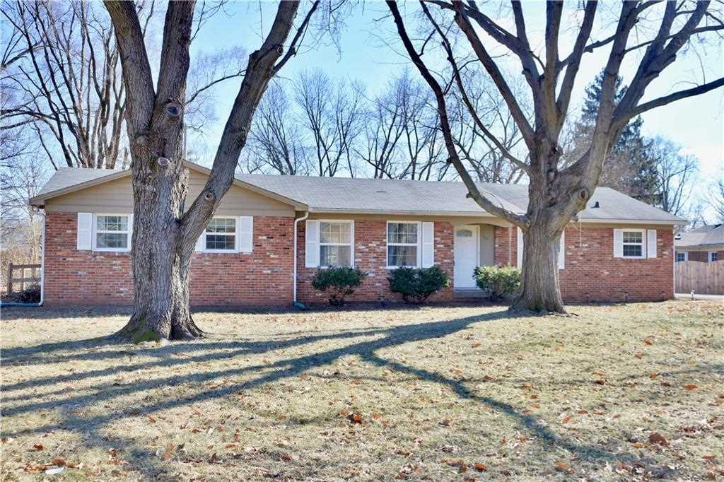 7111 Sarto Drive, Indianapolis, IN 46240 | MLS #21618071 Photo 1