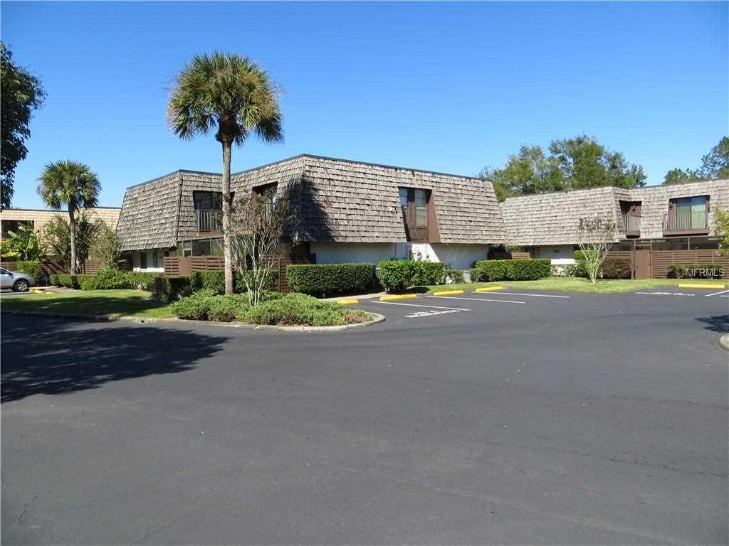 15237 W Pond Woods Drive #403 Tampa, FL 33618   MLS T3132332 Photo 1