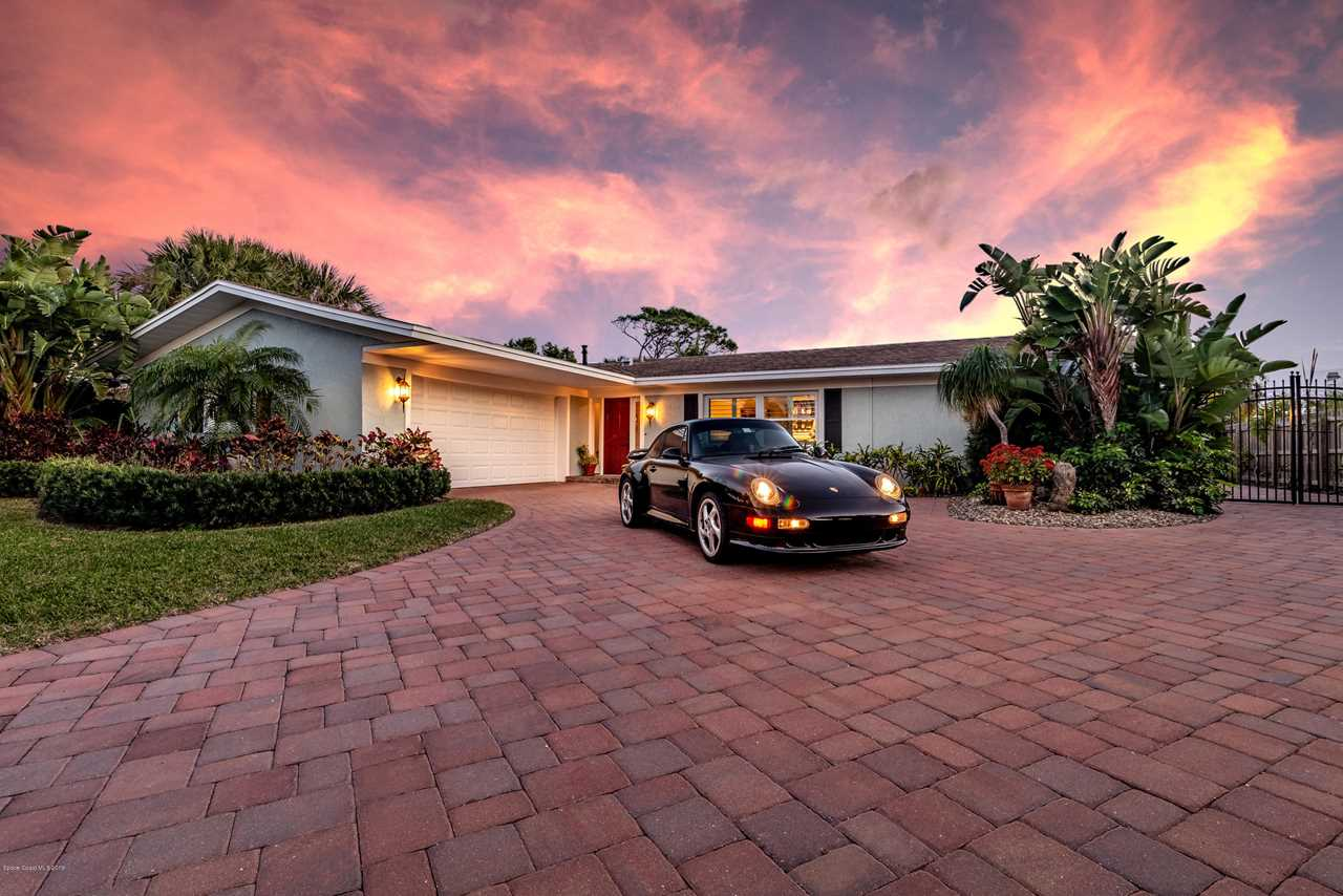 413 Riverview Lane Melbourne Beach, FL 32951 | MLS 836678 Photo 1