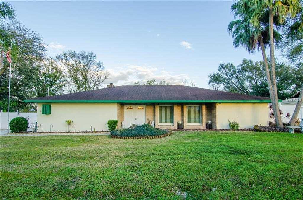 5024 Kingswood Drive Lakeland, FL 33813 | MLS T3155870 Photo 1
