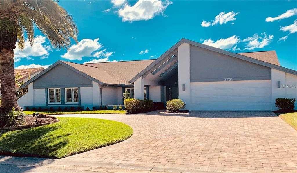 3738 Spyglass Hill Road Sarasota, FL 34238 | MLS A4427141 Photo 1