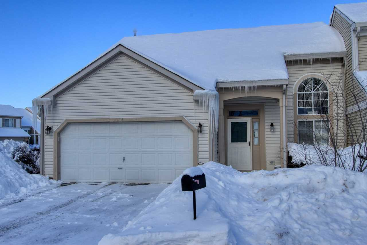 6 Larkspur Ct Lake In The Hills, IL 60156 | MLS 10269910 Photo 1