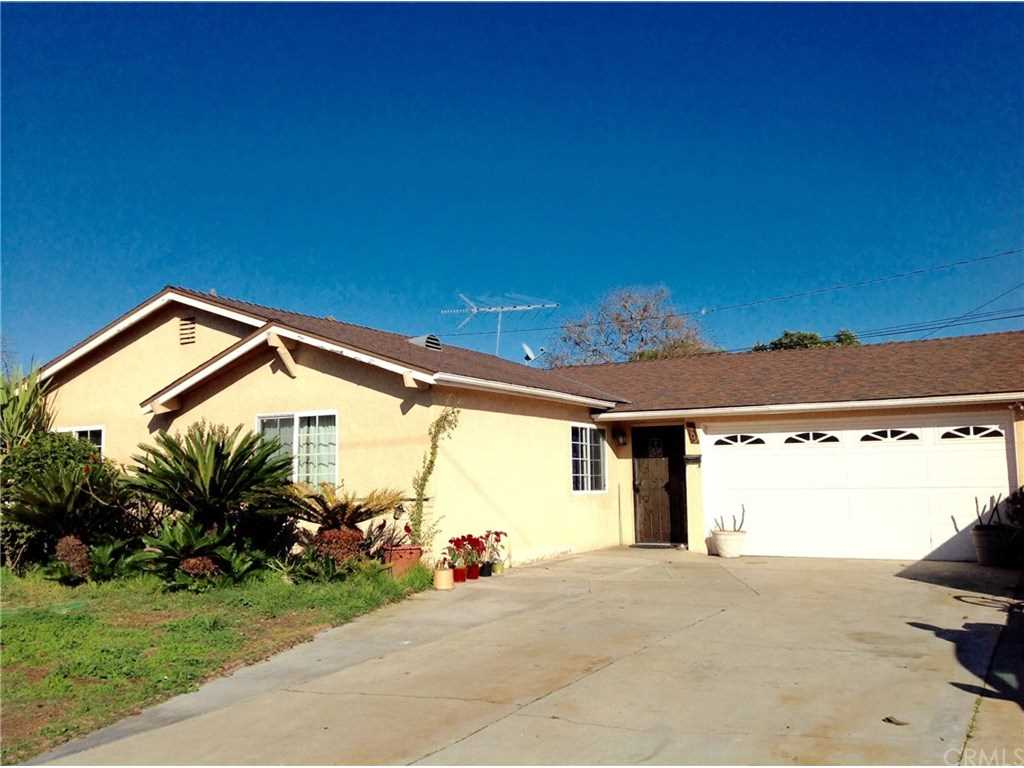 2209 S Laura Linda Lane Santa Ana, CA 92704 | MLS OC19032391 Photo 1