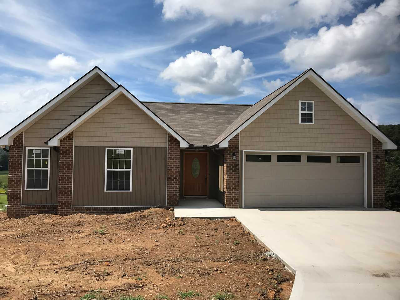 119 Valley View Maynardville TN 37807 in Lay Acres | MLS 1056170 - GreatLifeRE.com Photo 1