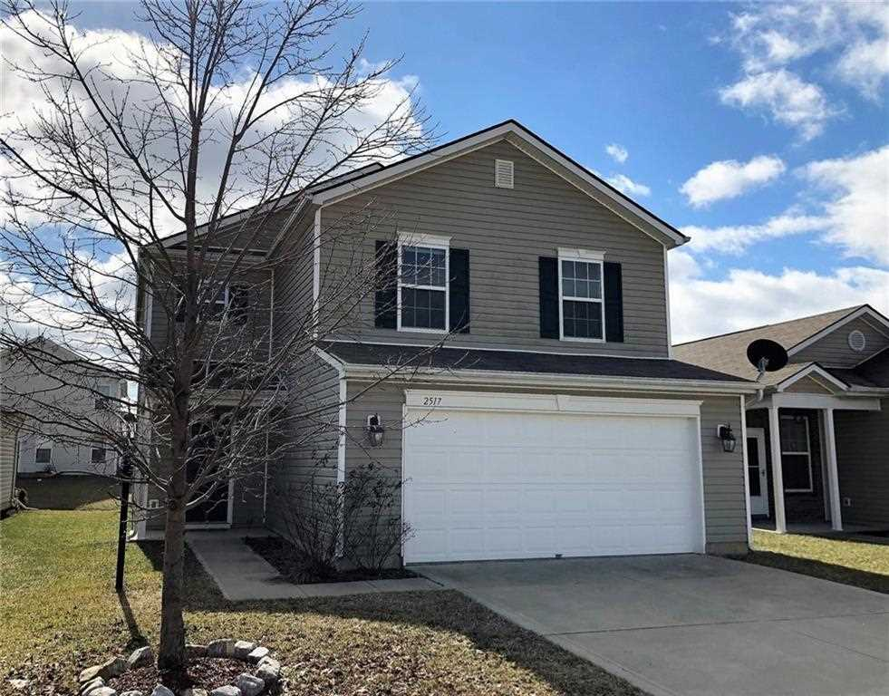2517 Middle View Drive, Columbus, IN 47201 | 21618540 - Indy Home Pros Photo 1