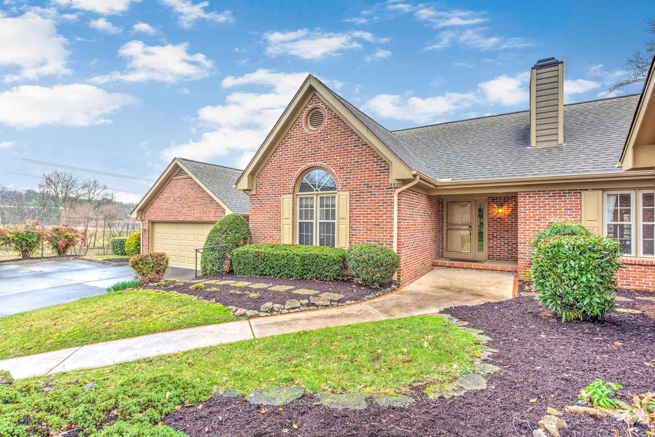8935 Wesley Place Knoxville TN 37922 in Wesley Place Phase I | MLS 1069559 - GreatLifeRE.com Photo 1