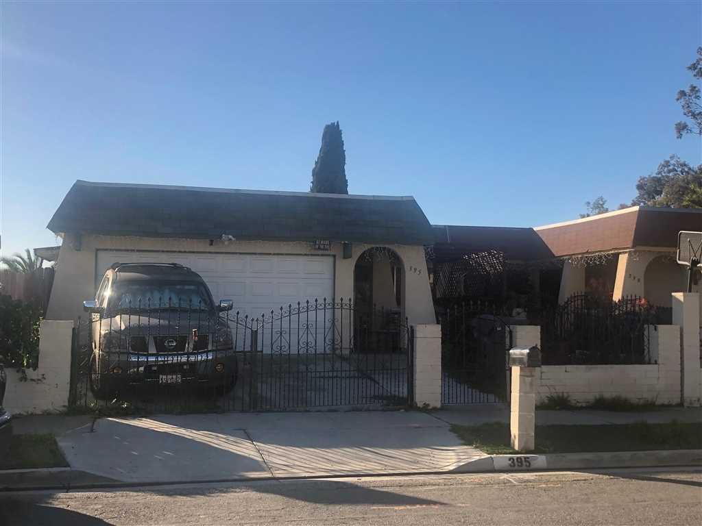 395 Calle Mariposa Oceanside, CA 92057 | MLS 190008222 Photo 1