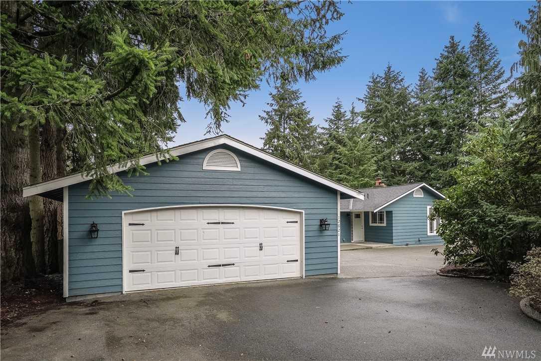 12821 51st Ave SE Everett, WA 98208 | MLS ® 1397623 Photo 1