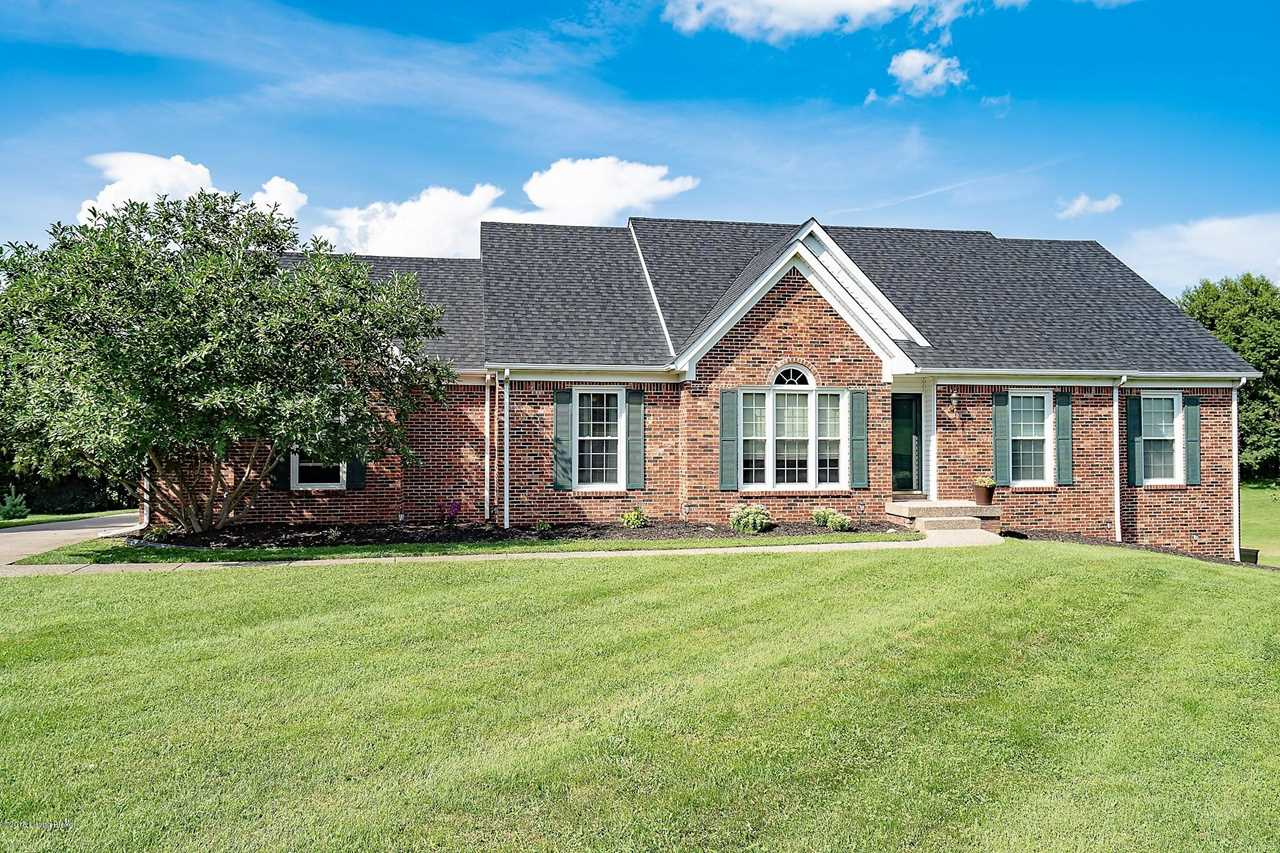 100 Charleston Way Shelbyville KY in Shelby County - MLS# 1520653 | Real Estate Listings For Sale |Search MLS|Homes|Condos|Farms Photo 1