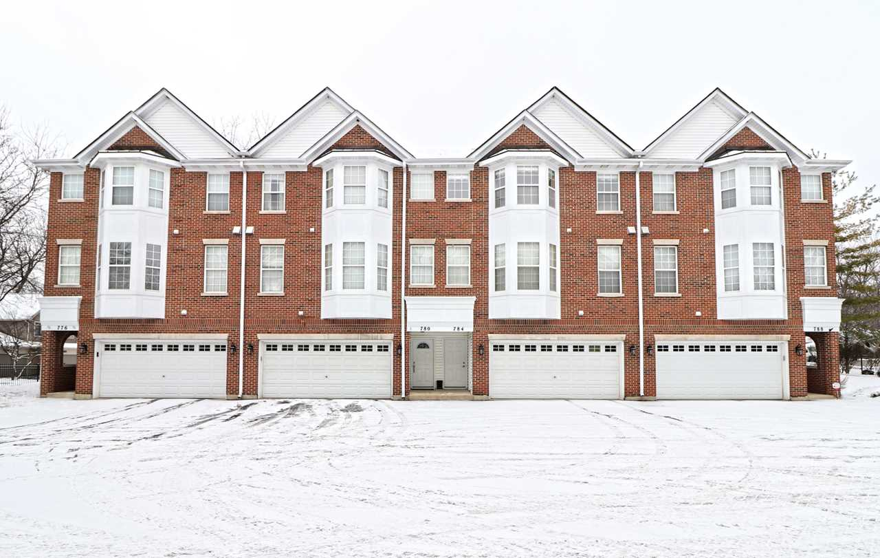 784 N Regis Ct Palatine, IL 60067 | MLS 10269721 Photo 1