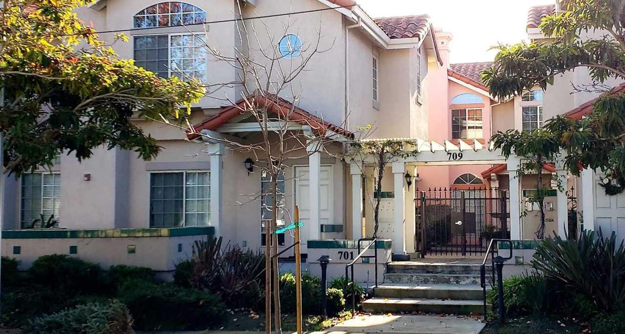 709 Woodside Way C San Mateo, CA 94401   MLS ML81734908 Photo 1