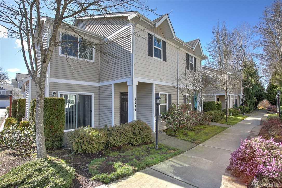 18899 108th Lane SE Renton, WA 98055   MLS ® 1404764 Photo 1