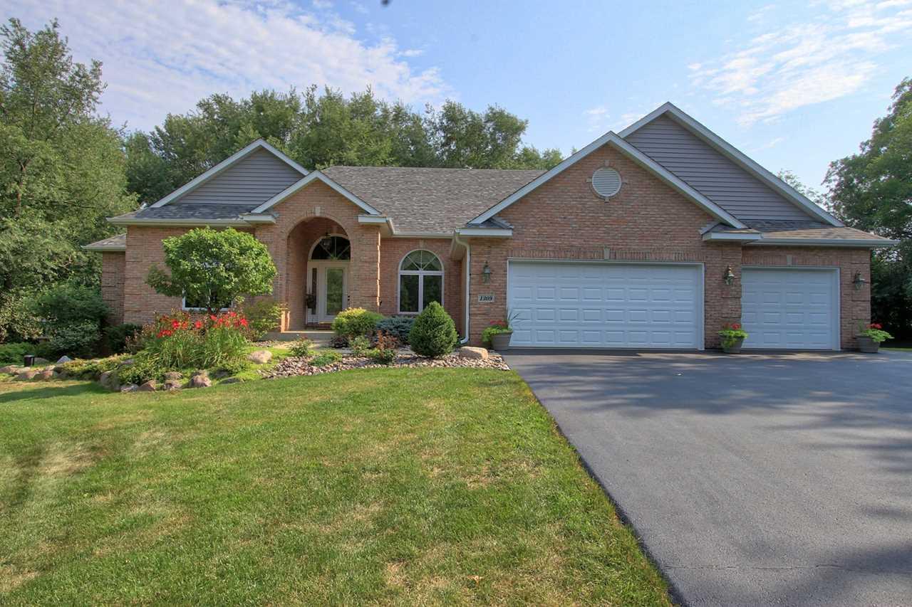 1309 Superior Ave Spring Grove, IL 60081 | MLS 10151996 Photo 1