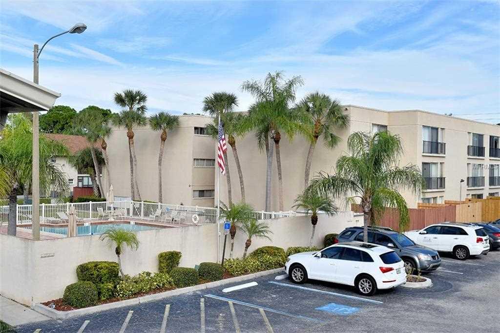 2763 Woodgate Lane #202 Sarasota, FL 34231   MLS A4420838 Photo 1