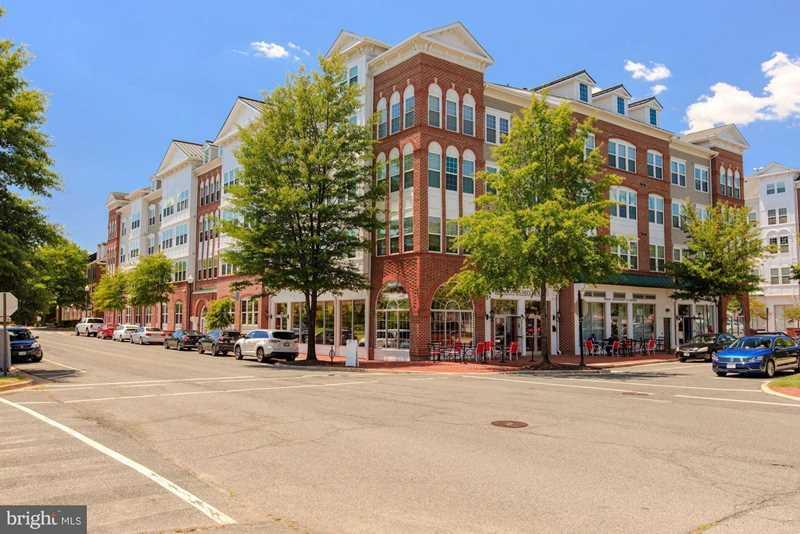 191 Somervelle St #304 Alexandria VA 22304 - MLS #VAAX193236 Photo 1