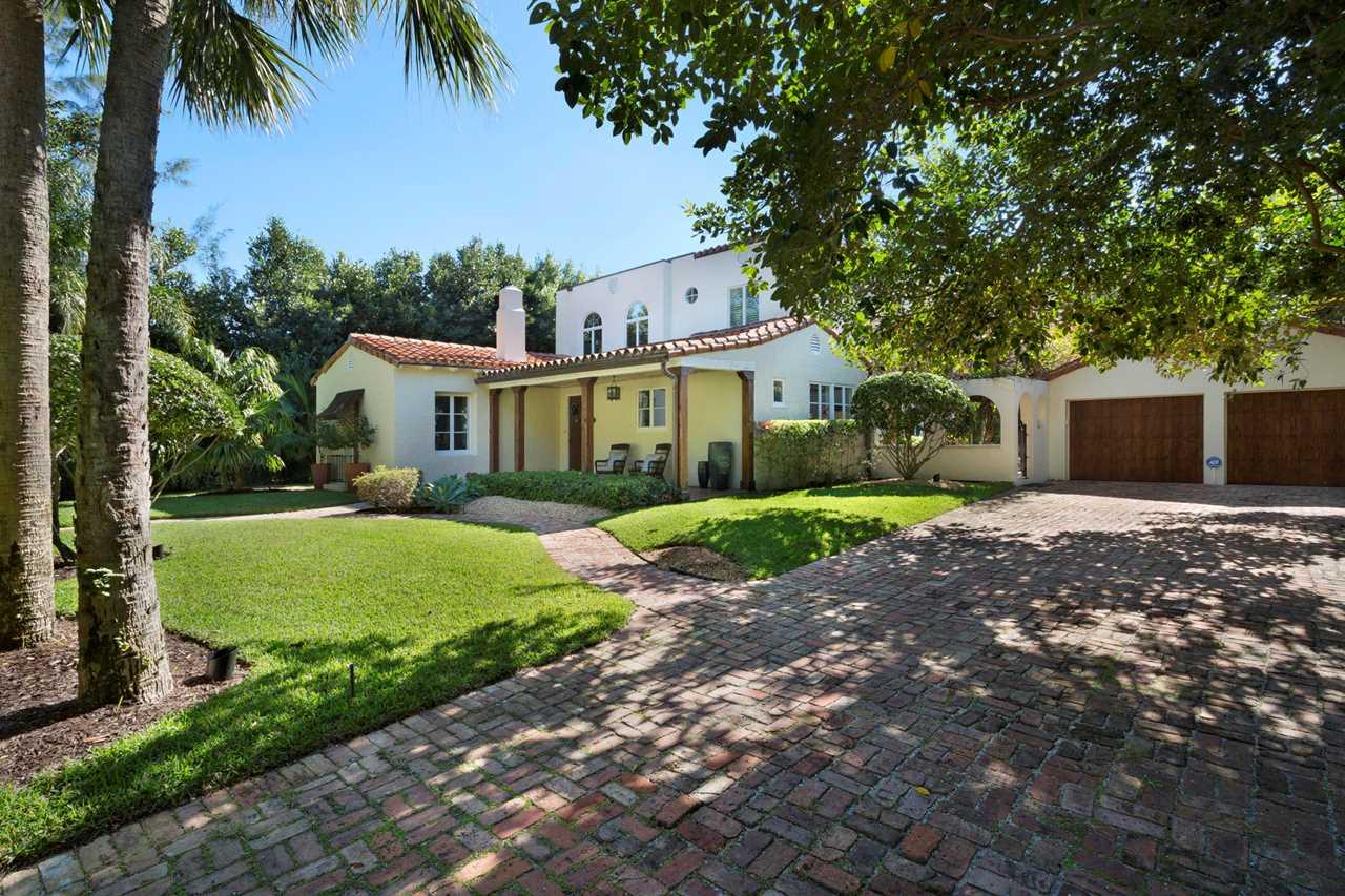 820 Oleander Street Boca Raton, FL 33486 - MLS# RX-10486609 | BocaRatonRealEstate.com Photo 1
